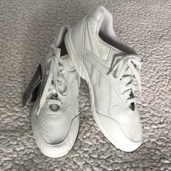 Reebok Shoes - REEBOK COMFORT glide white walking shoe 8.5 wide